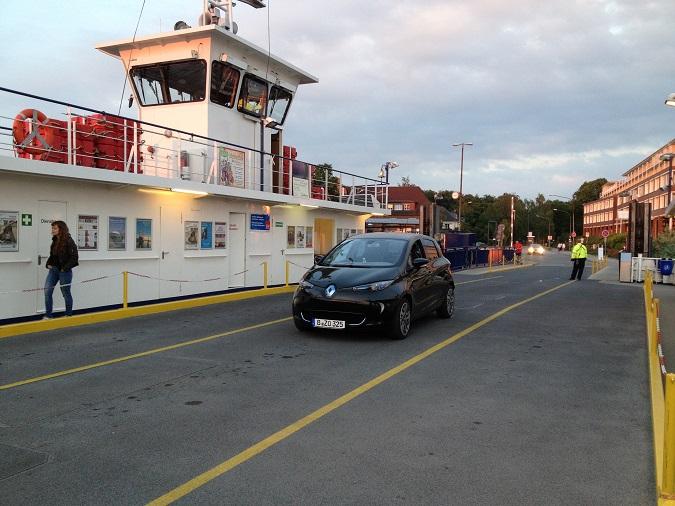 Waterborn: Einschiffen am Priwall nach Travemünde